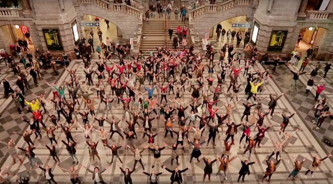 Flashmob : tout le monde danse !