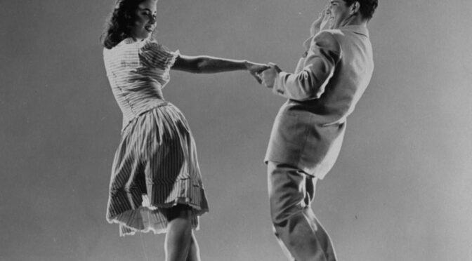 Lindy hop : Savoy, Hollywood, Smooth
